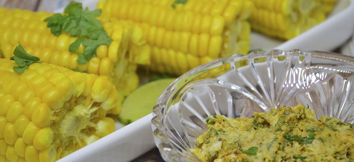 Majskolber med lime paprika smør