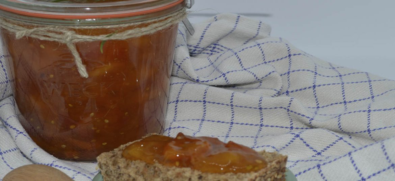 Tomat nektarin marmelade