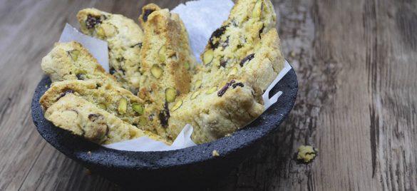 Biscotti med tranebær og pistacienødder