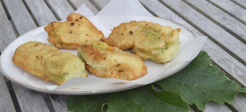 Fiori di zucca fritti