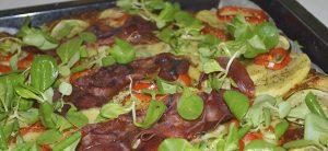 Grønsagspizza med serrano skinke