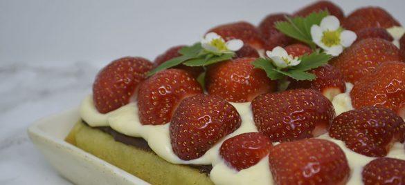 Jordbærtærte med mazarinbund